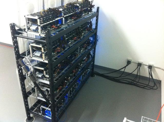 Plataforma de mineração de multi-GPU. Fonte: Gizmodo