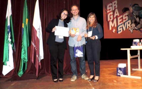 Prêmio para pesquisa desenvolvida por ex-petiana Amanda Funabashi em evento da SBC